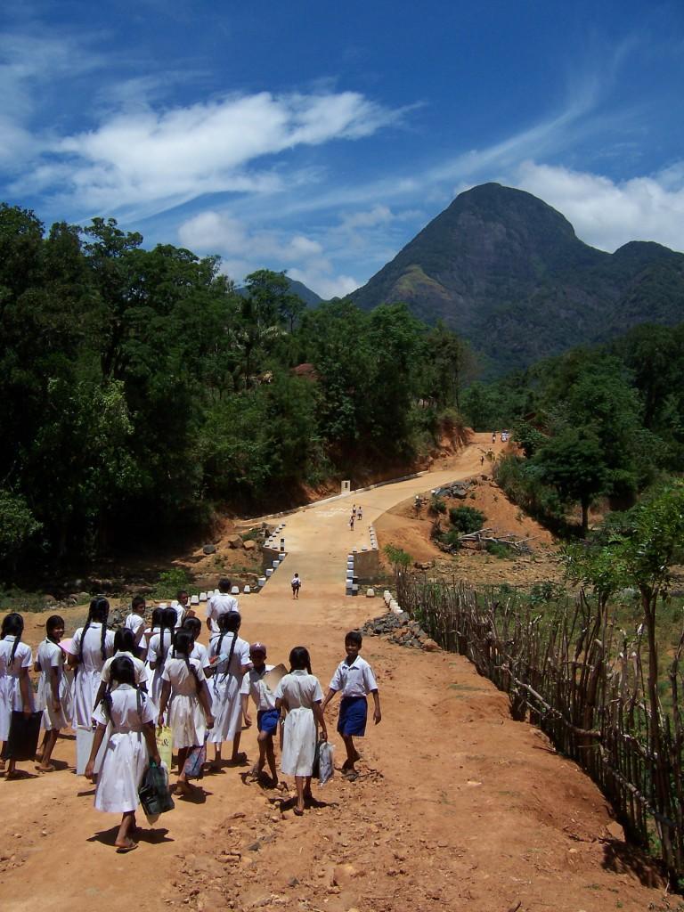 'Walking home', Pam Tullet, Sri Lanka, 2004