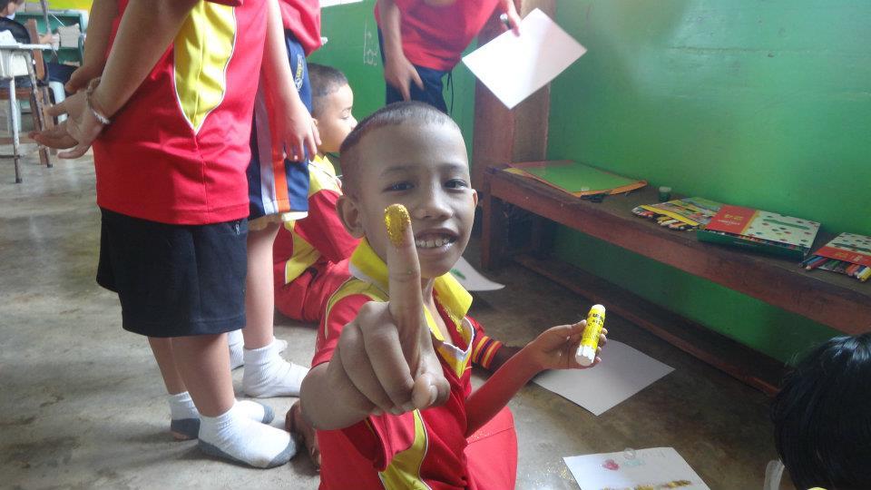 Kids 'star', Thailand, 2011 (by Hannah Pilcher)